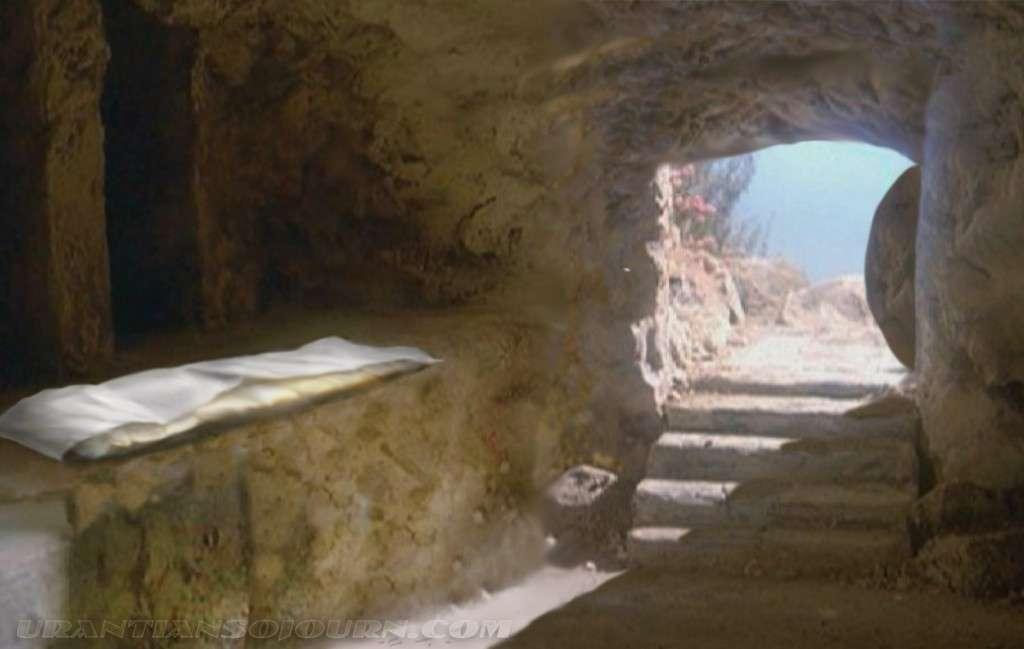 Empty-Tomb-Picture-07